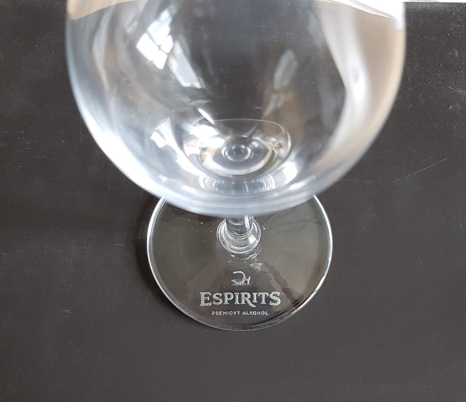 Laserové značení sklenic